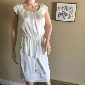 Vince Camuto dress super Cute off/white  Used
